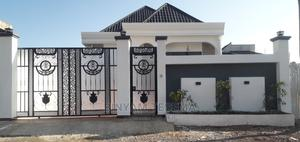 4bdrm Villa in Yeka for Sale | Houses & Apartments For Sale for sale in Addis Ababa, Yeka