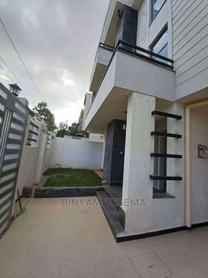 8bdrm House in ፍየል ቤት, Bole for Sale | Houses & Apartments For Sale for sale in Addis Ababa, Bole