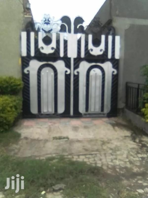Furnished 3bdrm House in East Shewa for Sale   Houses & Apartments For Sale for sale in East Shewa, Oromia Region, Ethiopia