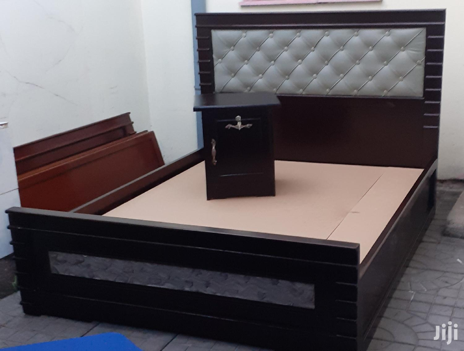 New Quality Bed 1.50cm+Side Table